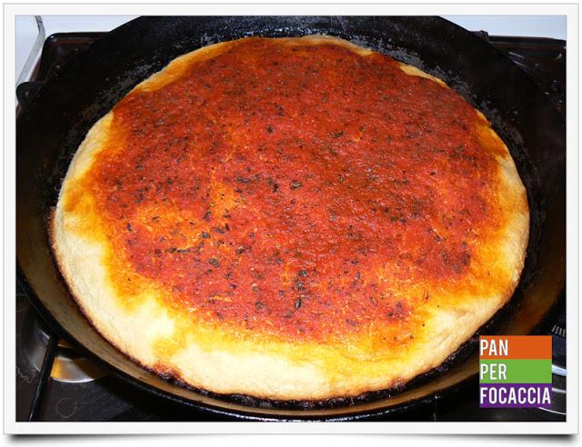 Ma voi conoscete la pizza rossa?