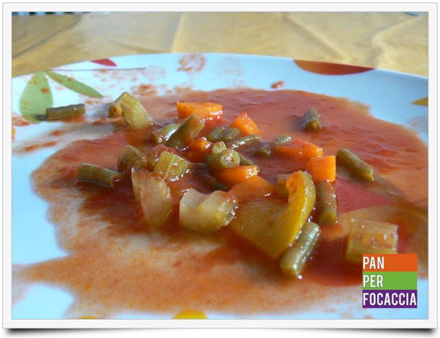 Antipasto rosso di verdure