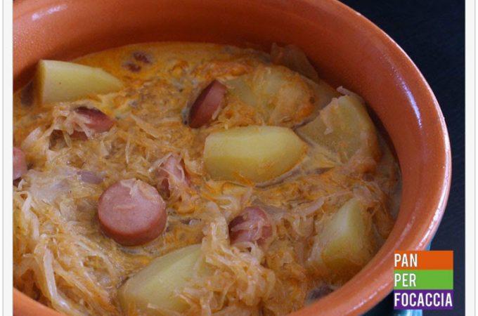 Minestra di wurstel, crauti e patate
