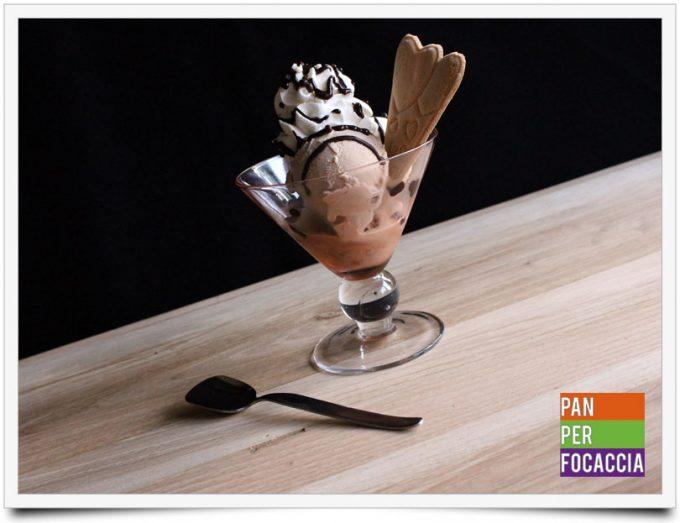 Coppa gelato al triplo cioccolato e nuovo look