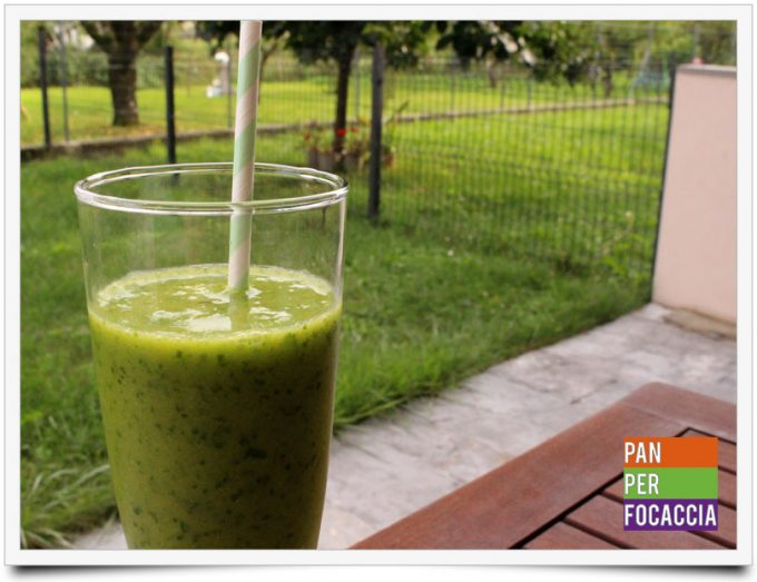 Green smoothie 3