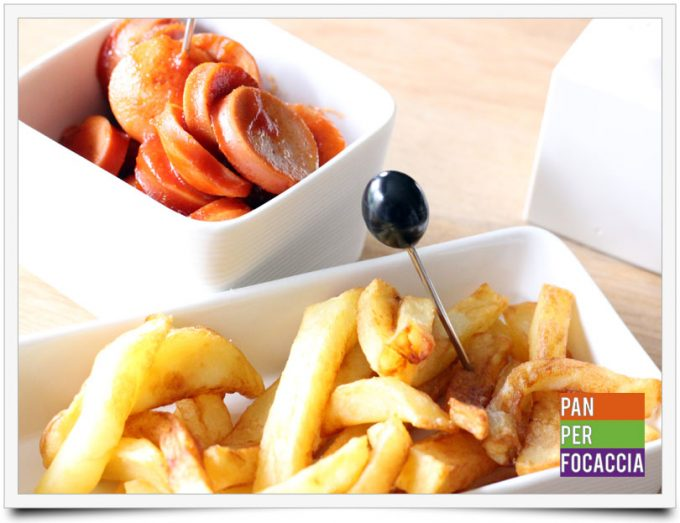 Currywurst con patatine fritte belghe 10