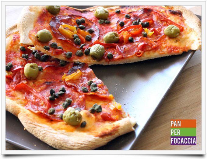 Pizza impastata a mano 1