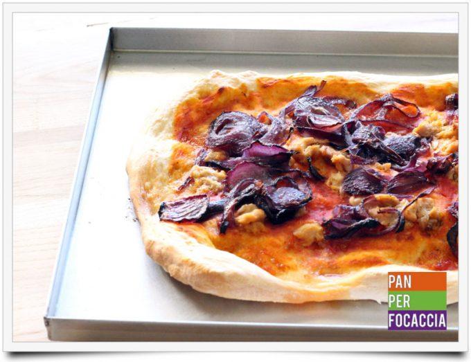 Pizza impastata a mano 11
