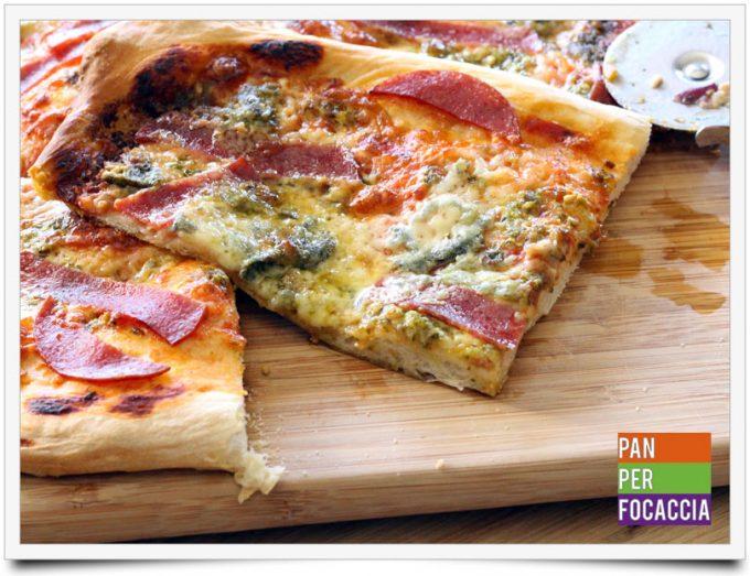 Pizza impastata a mano 12