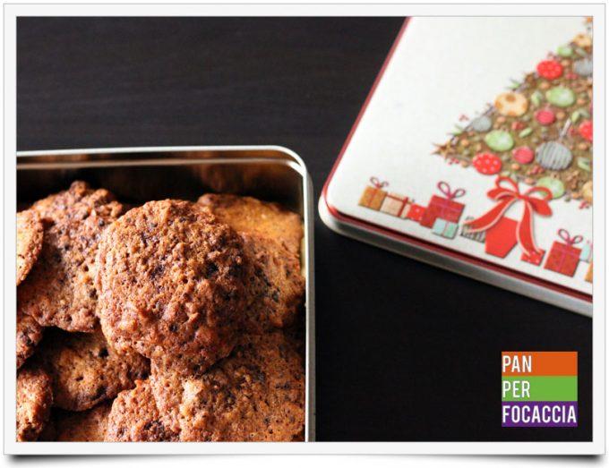 Biscotti croccanti con corn flakes frutta fresca e cioccolato 1