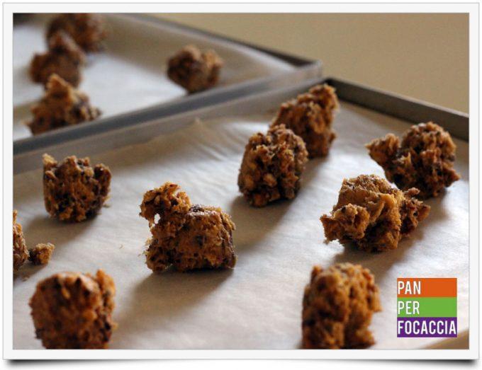 Biscotti croccanti con corn flakes frutta fresca e cioccolato 5