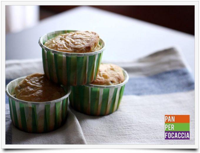 Muffins salati alle olive e rosmarino