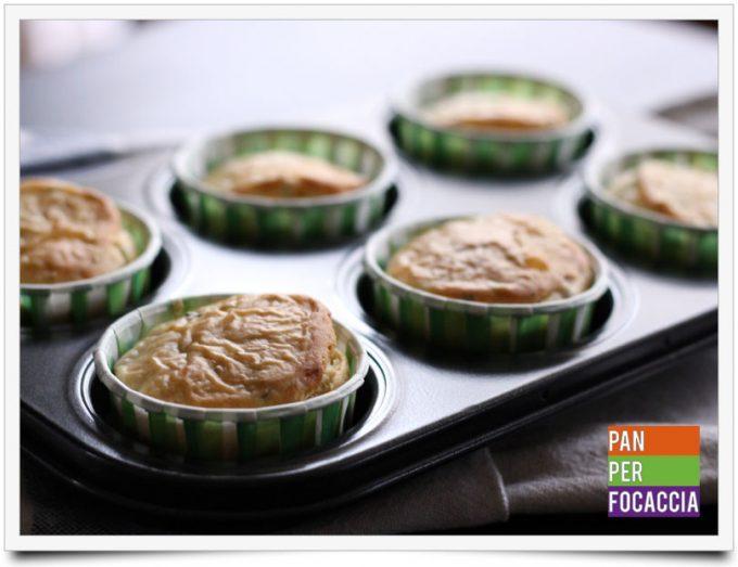 Muffins salati alle olive e rosmarino 5