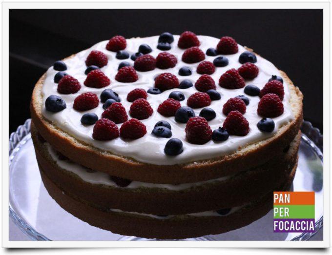 naked-cake-con-crema-e-frutti-di-bosco-10