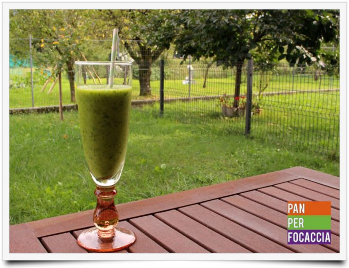 Green smoothie 1