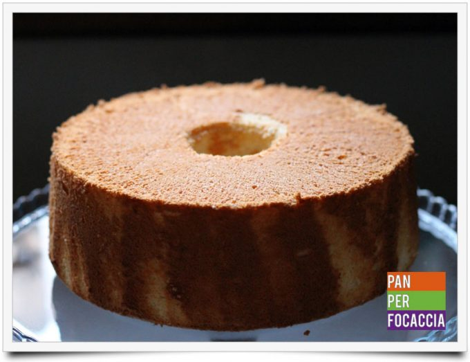 Angel food cake ai frutti di bosco 4