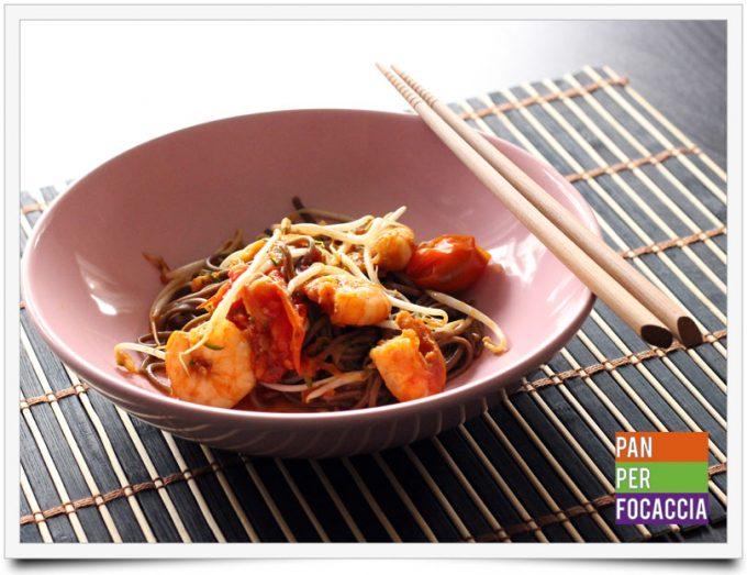 Spaghetti soba con mazzancolle e verdure 1