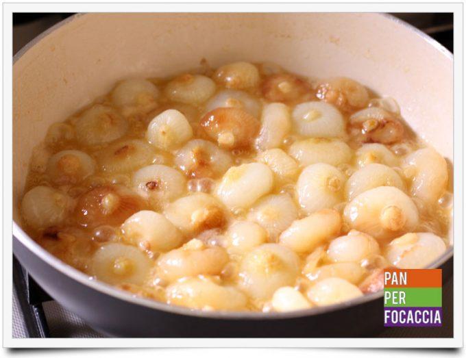 Polpette allo zenzero e salsa di soia con cipolline glassate 9