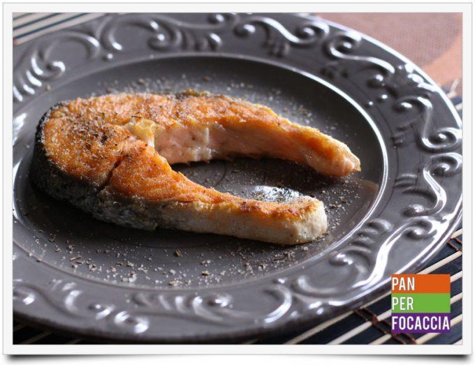Trancio di salmone alla piastra 3