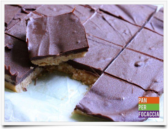 quadrotti-al-burro-di-arachidi-e-cioccolato-1